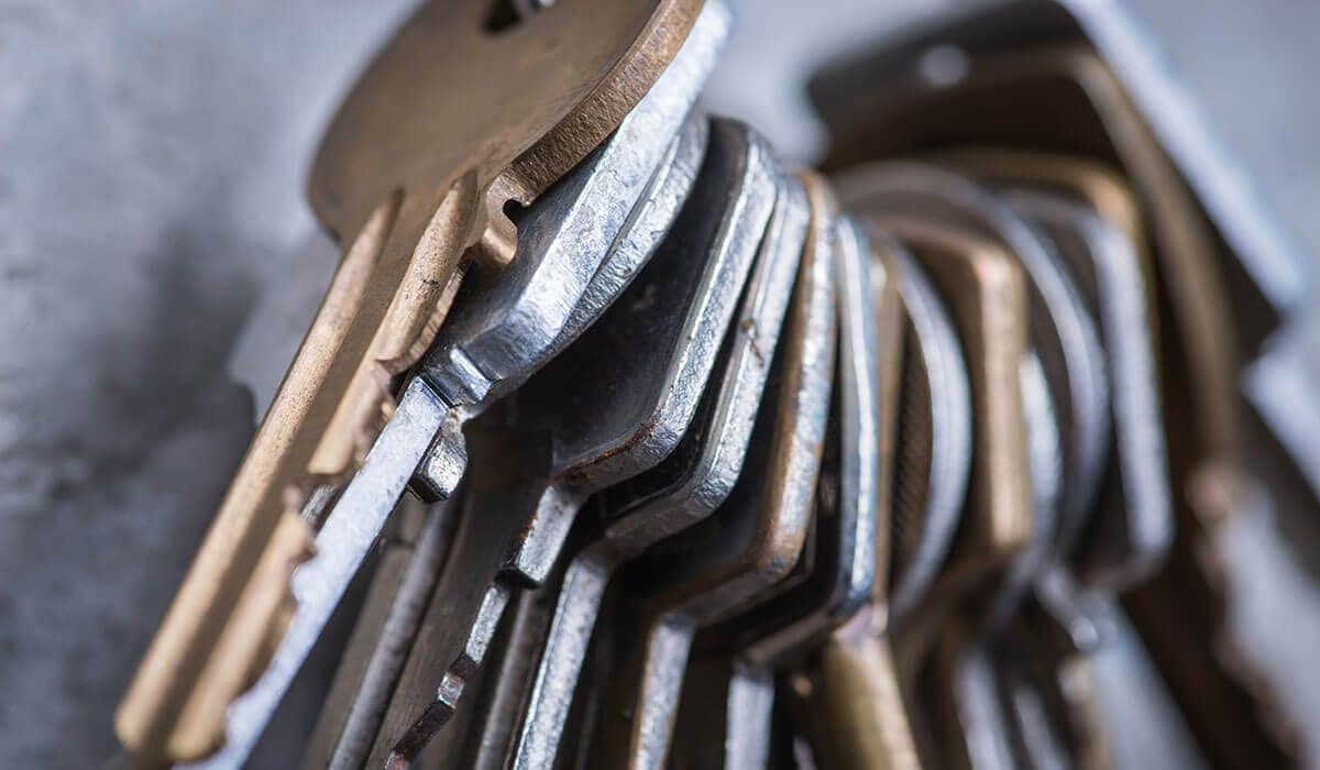 a row of keys - key holding services